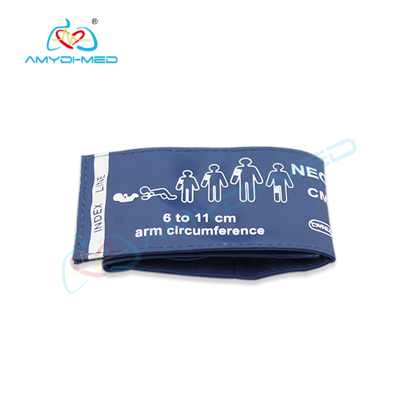 Reusable adult NIBP cuff 6 to 11 CM